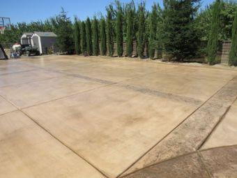 A picture of concrete driveway in Sunnyvale, CA.
